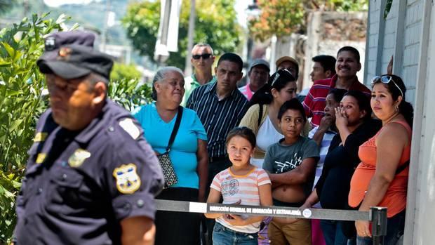 El Salvador Migrants